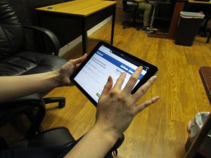 Facebook Ipad Tablet